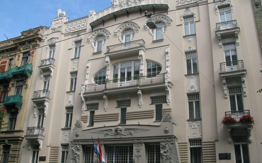 Art Nouveau blomstrar på Alberts gata i Riga