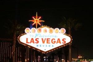 Den klassiska välkomstskylten tillhör staden Las Vegas (Wikipedia)